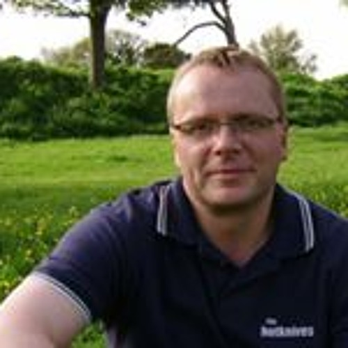 Derek Bowyer's avatar
