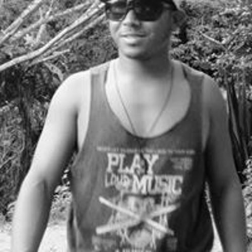 Itamar Vicente's avatar