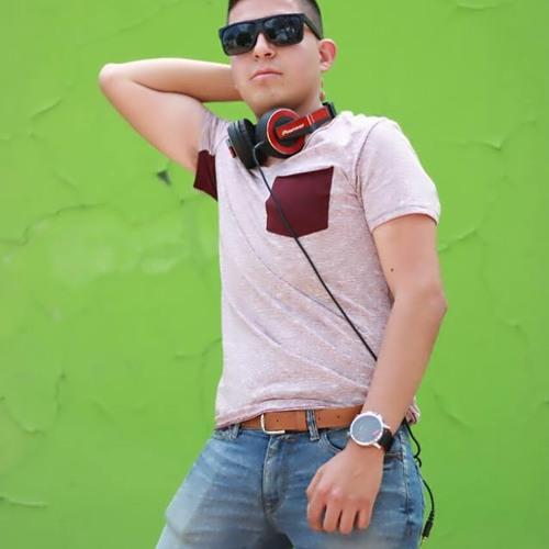 Ozcar Garnica (Oficial)'s avatar