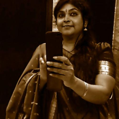 Chithra Ramakrishnan's avatar