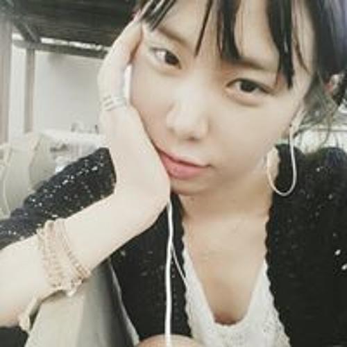 Jiyoung Kim's avatar
