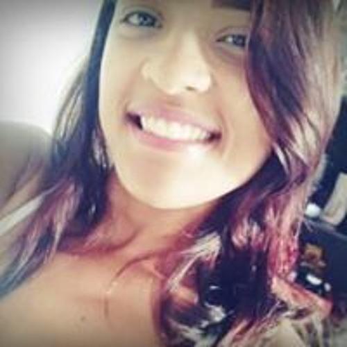 Evelyne Carvalho's avatar
