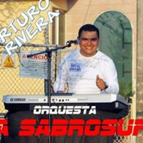 Arturo Rivera's avatar