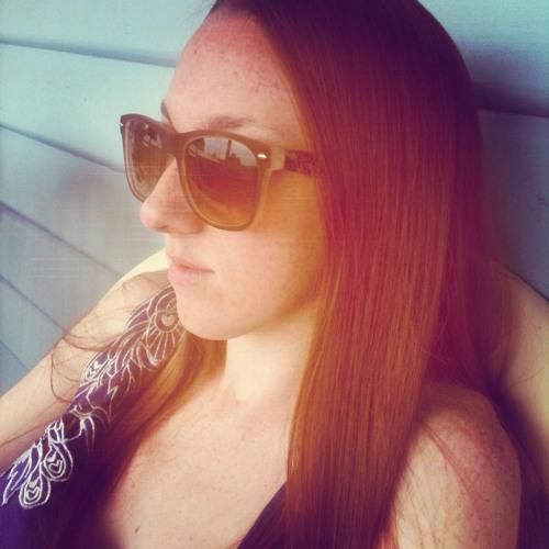 teags :)'s avatar