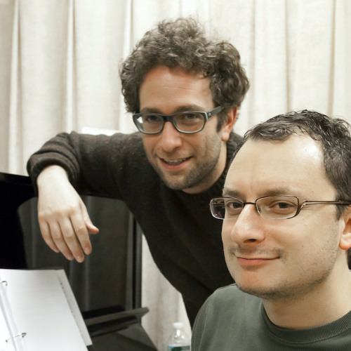 L&R's avatar
