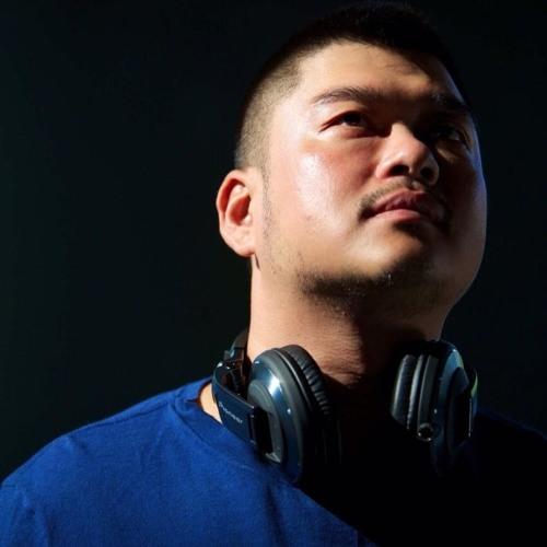 Eric Chen(小小軍)'s avatar