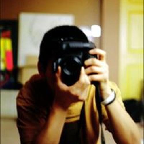 Sam Lee's avatar