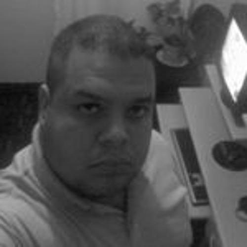 Alexandre Luziano Moura's avatar