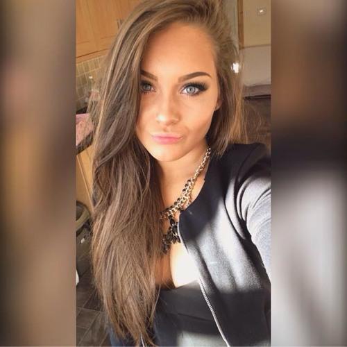 Isla Cole's avatar