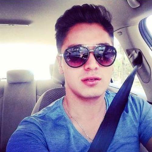 Brandom Castillo's avatar