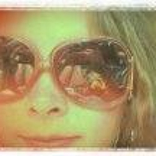 Dema Rose Mansfield's avatar