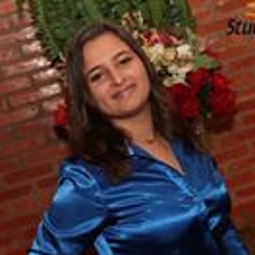 Bianca Baptista Maia's avatar