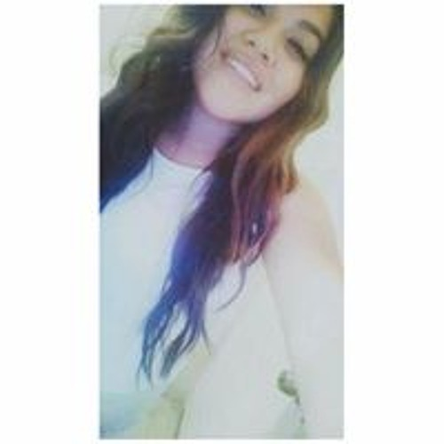 Lizette Robles's avatar