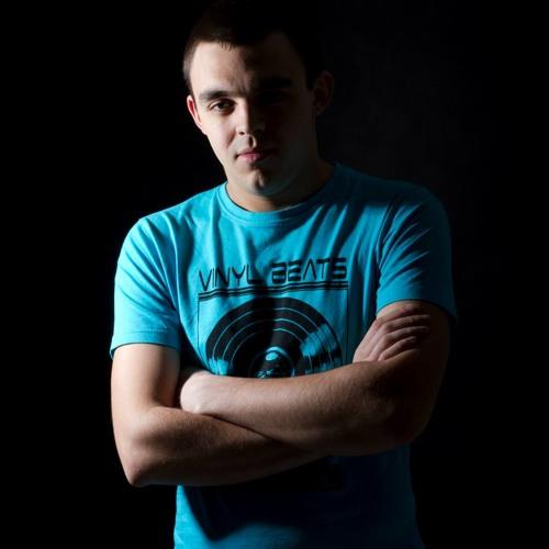 Dennis Yuli's avatar