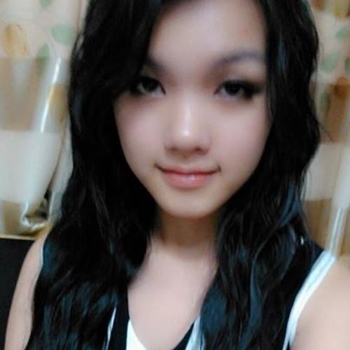 LynGho's avatar
