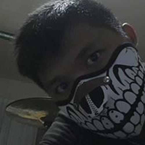 R'atchanon K'henchompu's avatar