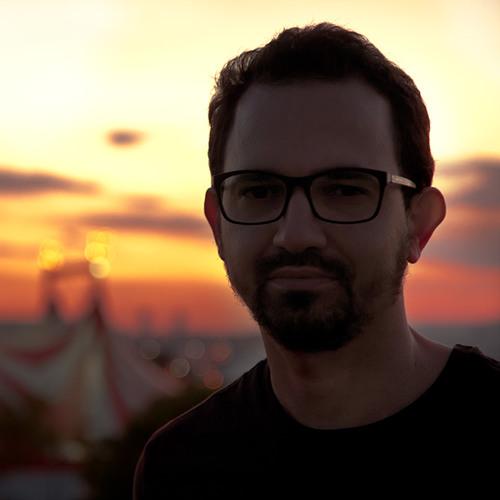 Christian de Oliveira's avatar