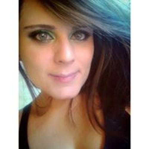 Priscilla  Moraes's avatar