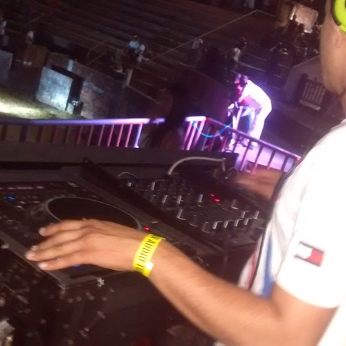 Angel Ortiz DJ's avatar