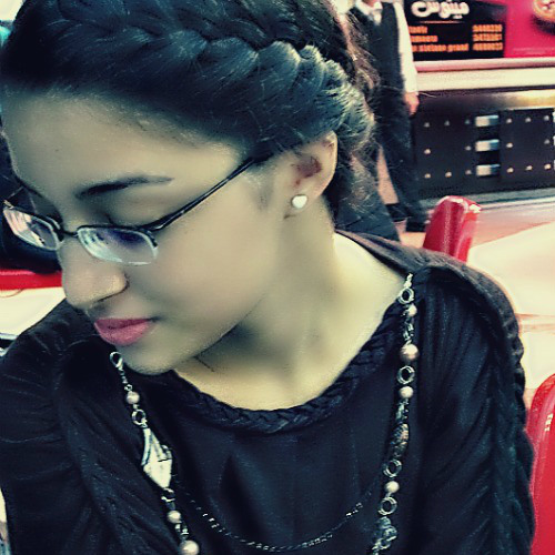 Mariana Ayop's avatar