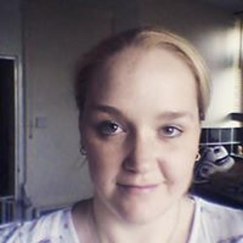 Melanie Derrick's avatar