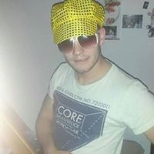 Jah Son's avatar