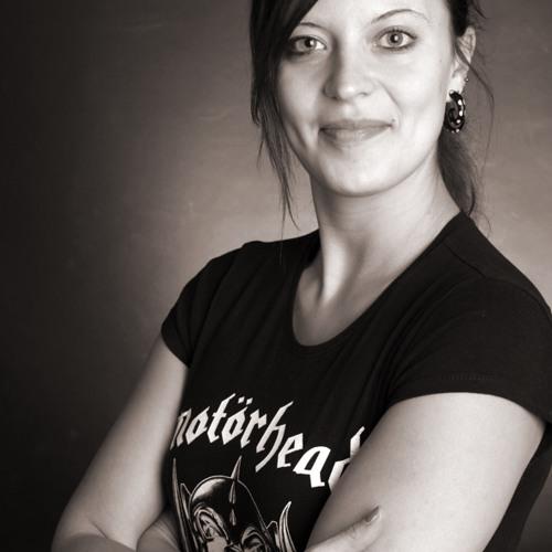 Sabine Wi's avatar