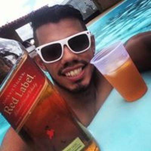 Junior Vieira's avatar