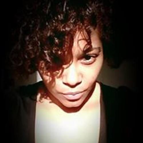 Emilie-Clémentine Mhd's avatar