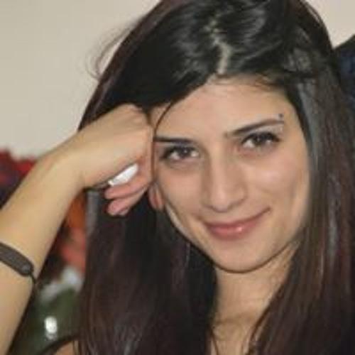 Yara Ayoub's avatar