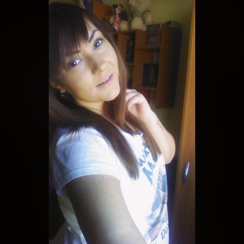 Denisse Ana's avatar