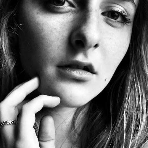 Olivia Hilal's avatar