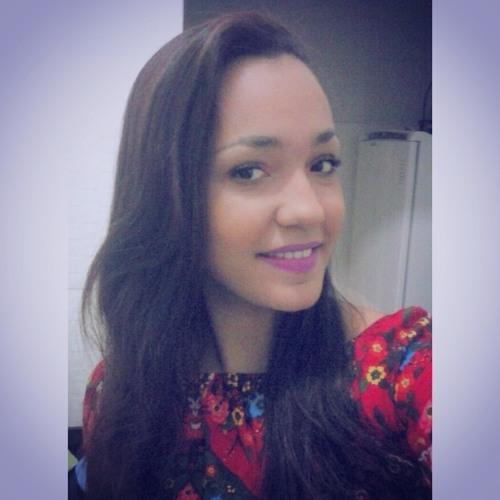 Carol Ferraz 3's avatar