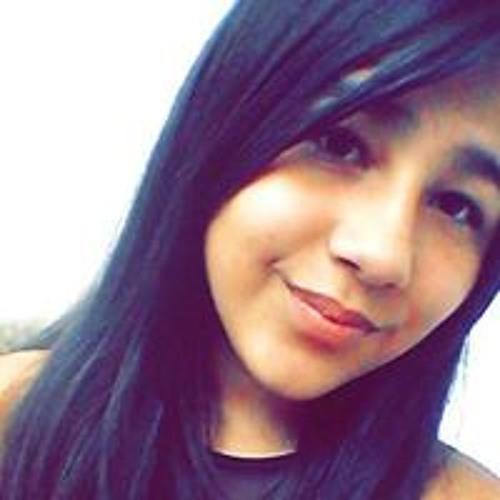 Maria Paulla Moreira's avatar