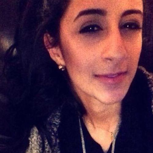 Lina Alyateem's avatar