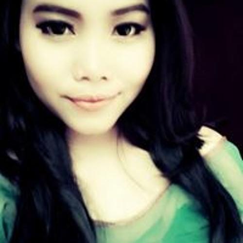 Vicky Marcelynia's avatar