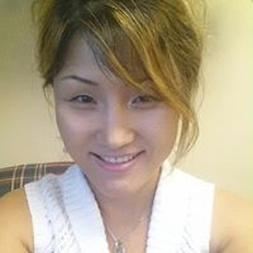 Insook Yi's avatar