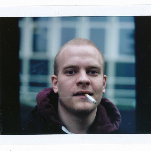 Nicolai M G's avatar