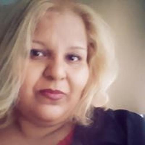 Elizabeth Enriquez's avatar