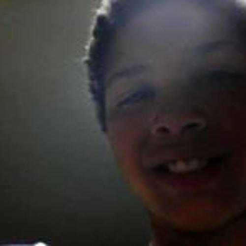 Angel Taveras's avatar