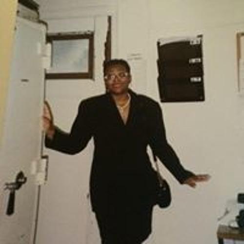 Betty Hardy's avatar