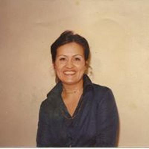 Monica Roman's avatar