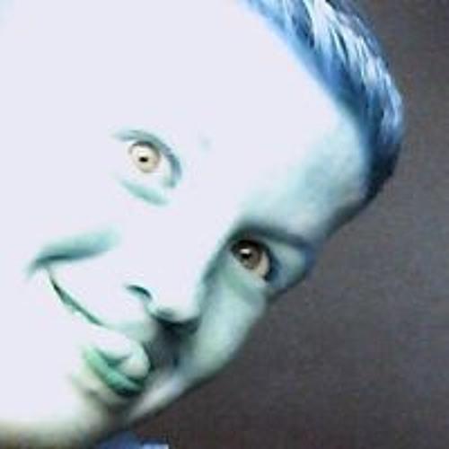 Callum Arnott's avatar
