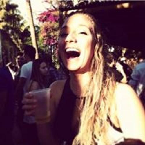 Amanda Mendonça's avatar
