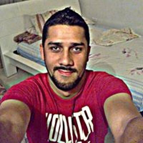 Carlos Barrios's avatar