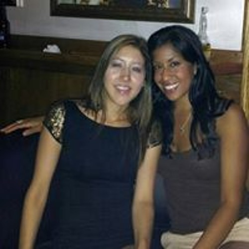 Christina Nawara's avatar