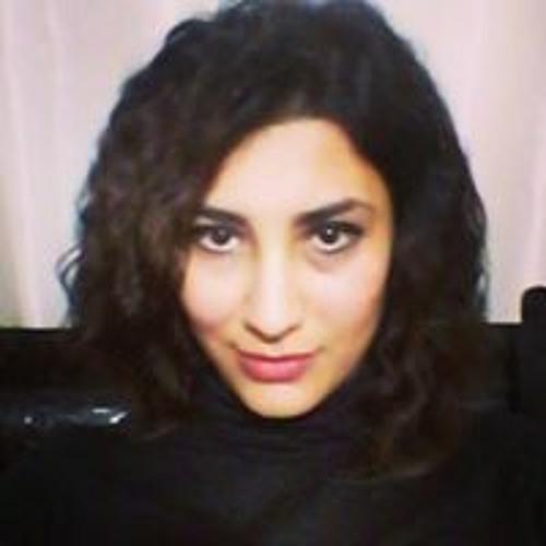 Betül Nuröz's avatar