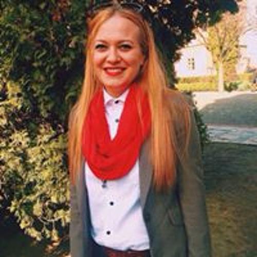 Olena  Slavska's avatar