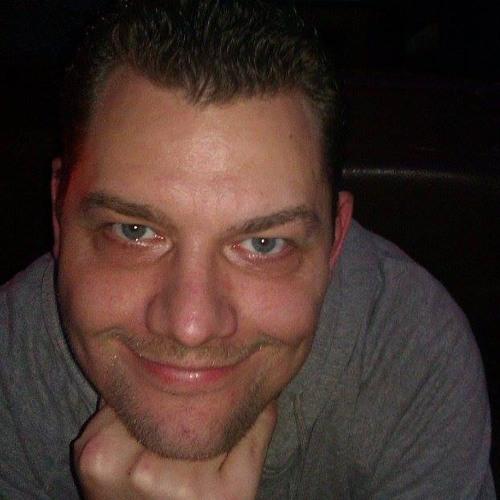Mike Groß 4's avatar