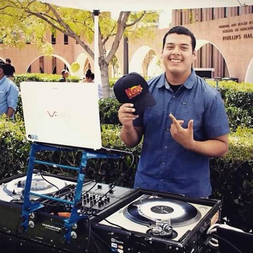 DJ Dominguez.'s avatar